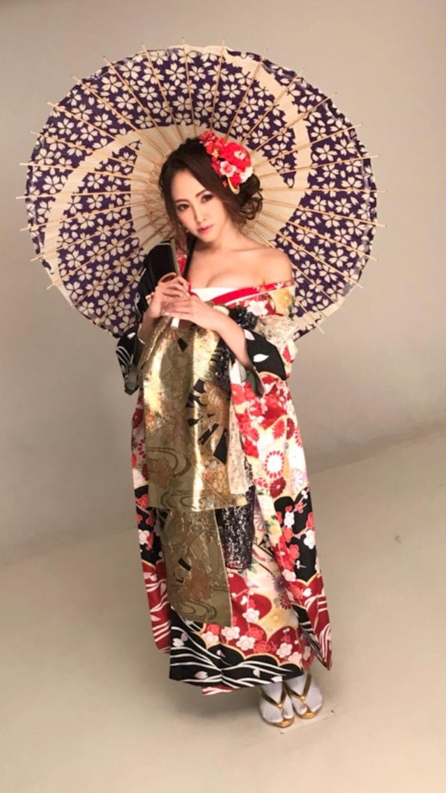 プロフィール写真7・愛瀬 詩乃|すすきの ニュークラブ・エクセレント